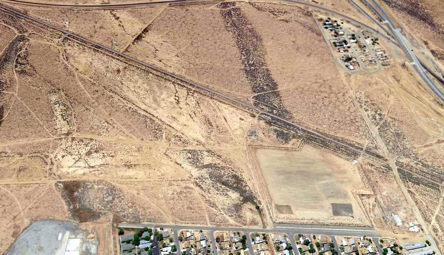 Abandoned Little Known Airfields Mojave Area Myers Pump Wiring Diagram Station A 2015 Aerial View Looking South At The Site Of Myer Field Showed Hangar On Northwest Side Bottom Right Had Been Removed Some Point Between