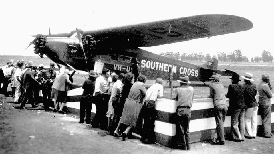 "[Zvesda] - Fokker F-VII ""SOUTHERN CROSS"" Hancock_CA_TriMotor_28"