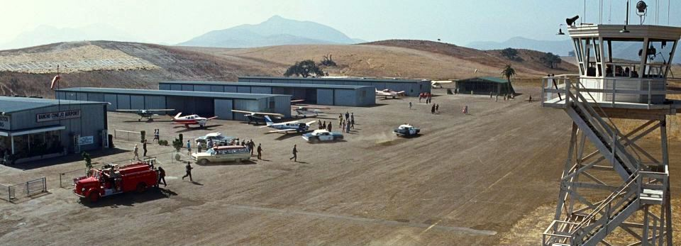 Gerry Wood Chrysler >> Abandoned & Little-Known Airfields: California - Ventura area