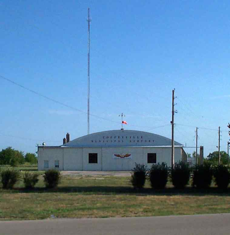 Abandoned & Little-Known Airfields: Eastern Kansas
