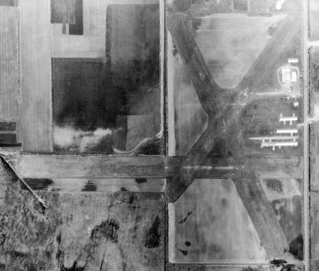 Abandoned & Little-Known Airfields: Southeastern Michigan
