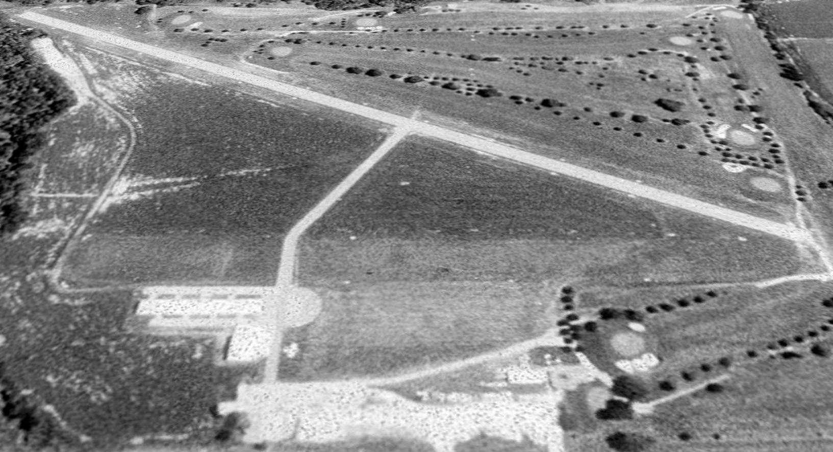 Abandoned Little Known Airfields Northeastern Nebraska 1960 Lincoln Wiring Diagram A 1988 Usgs Aerial View Looking East Depicted Blair Airport As Remaining Intact Bit Was Not Evident If The Still Open At That Point