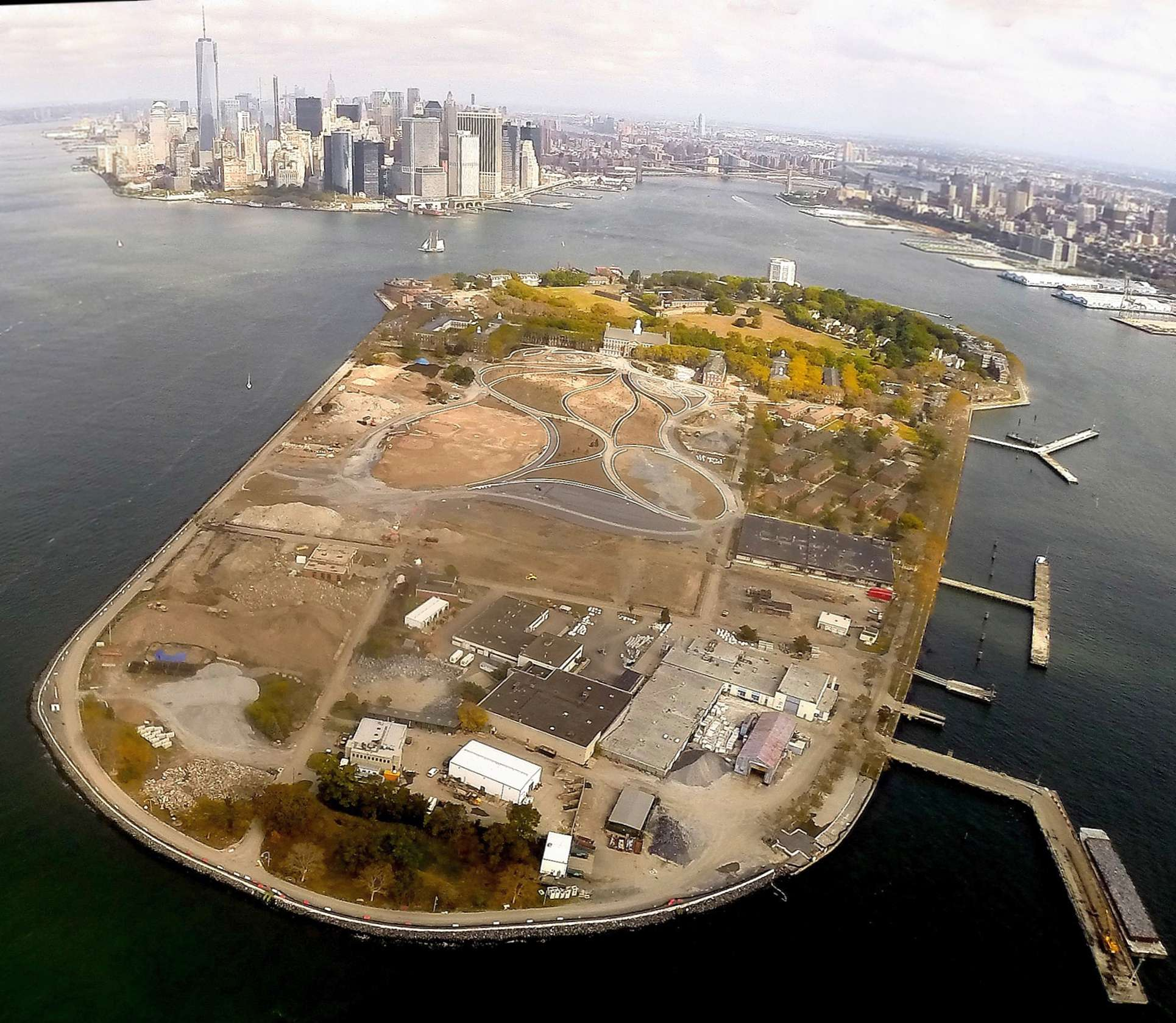 Abandoned & Little-Known Airfields: New York City, Brooklyn