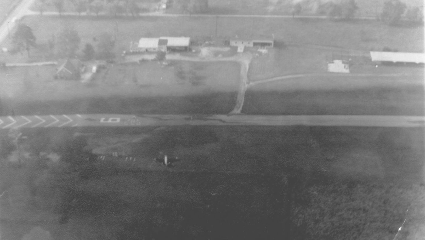 Abandoned Little Known Airfields Southwestern Ohio 1972 Amc Javelin Wiring Diagram A Mid 1960s Aerial View Courtesy Of Mark Burton Looking North At Brownie Lebanon Airport