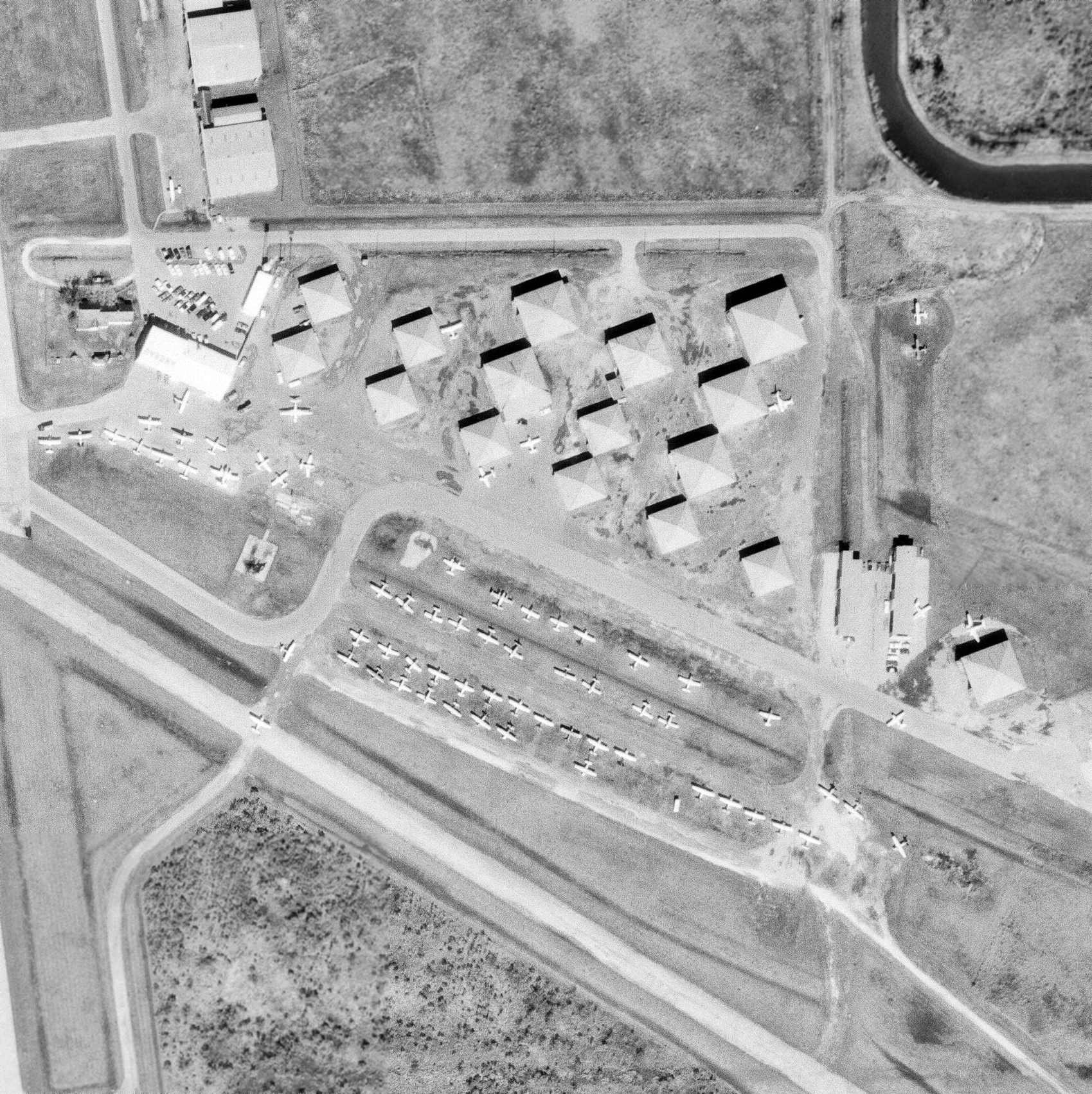 Abandoned & Little-Known Airfields: Texas: Western Houston area