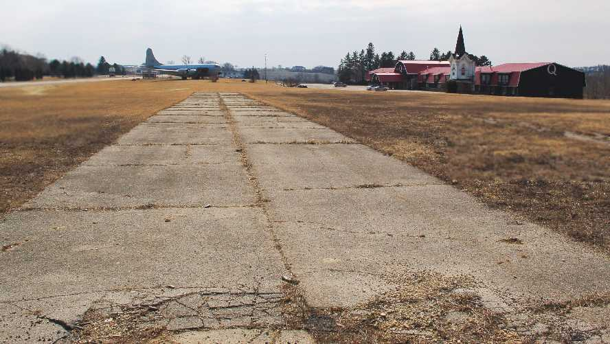 Abandoned & Little-Known Airfields: Southwestern Wisconsin